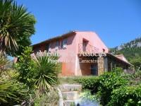 Image de Belle bastide dans un parc dominant la mer à Cassis