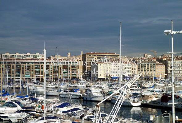 Photo de : Grand appartement avec vue sur le Vieux Port