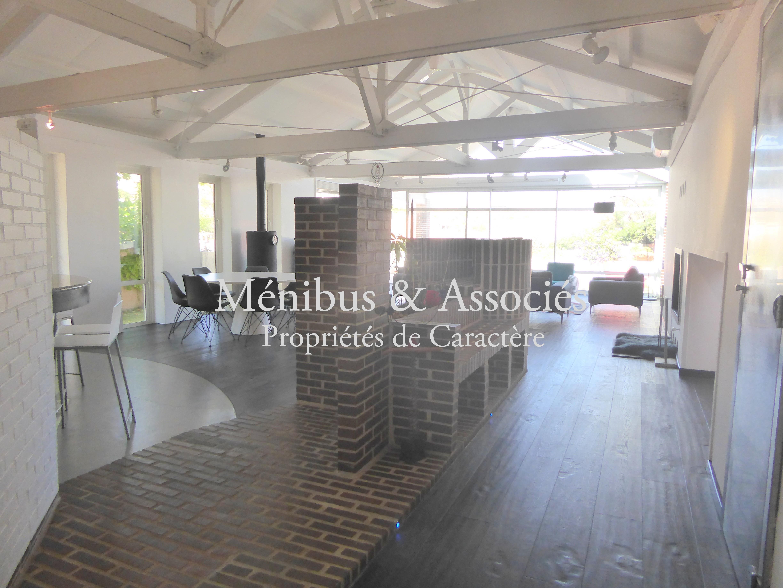 maison loft marseille 8 me m nibus associ s. Black Bedroom Furniture Sets. Home Design Ideas