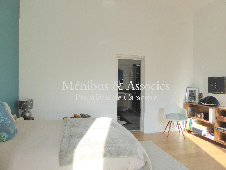 appartement en duplex avec jardin 7 me m nibus associ s. Black Bedroom Furniture Sets. Home Design Ideas
