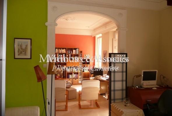 Photo de : Appartement avec jardin dans une belle maison ancienne à Endoume