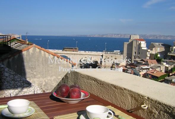 Photo de : Appartement dominant le Vallon des Auffes et la mer…