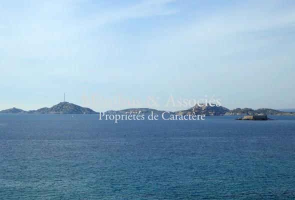 Photo de : Maison avec superbe vue mer au Roucas Blanc
