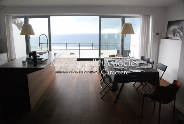 Photo de : Maison avec sublime vue mer