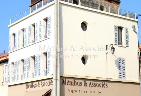 Photo de : Bureaux de grand standing à Endoume