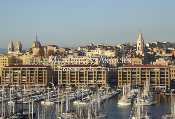 Photo de : Appartement vue sublime sur le Vieux Port